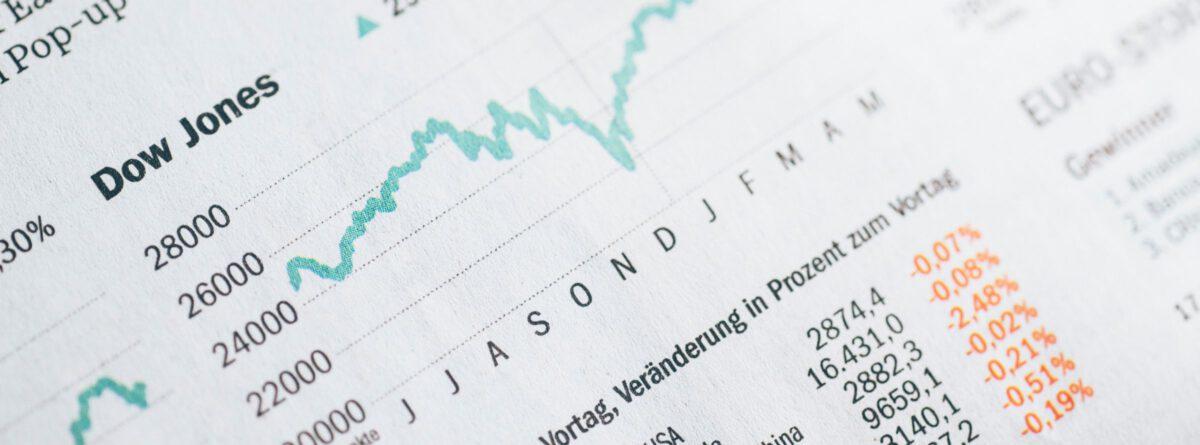 Zeitungsausschnitt mit Börsenkurs